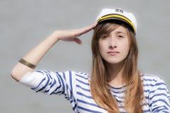 Schönes Brunette-Mädchen stockfoto