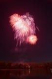 Schönes Feuerwerk zu Ehren des Moskaus Victory Day Parade Lizenzfreie Stockfotografie