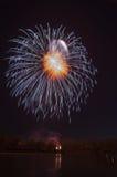 Schönes Feuerwerk zu Ehren des Moskaus Victory Day Parade Stockbilder