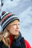 Schönes Frauenportrait, Winter draußen Stockfotografie