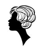 Schönes Frauenschattenbild mit stilvoller Frisur Lizenzfreies Stockbild