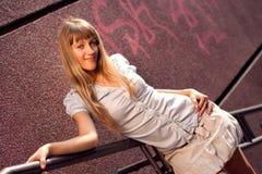 Schönes gebräuntes Mädchen Stockbilder