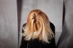 Schönes gesundes blondes Haar Stockbilder
