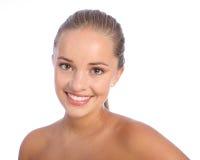 Schönes glückliches Lächeln durch freundliches Jugendlichmädchen Stockbilder