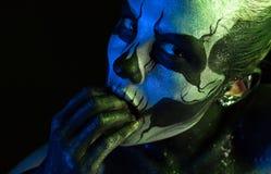 Schönes gruseliges Mädchen mit skeleton Make-up Lizenzfreie Stockfotografie