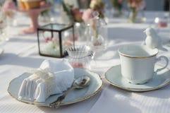 Schönes Hochzeits-Tabellen-Set Stockbild