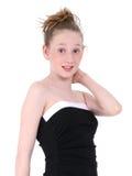 Schönes jugendlich im schwarzen formalen Kleid Stockfotos