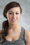 Schönes junges kaukasisches Frauen-Porträt Lizenzfreies Stockfoto