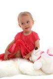 Schönes kleines Mädchen mit einem Spielzeug 2 stockfotos