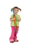 Schönes kleines Mädchen und Regenschirm Lizenzfreies Stockfoto