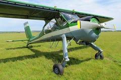 Schönes kleines Passagierflugzeug Stockfoto