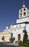 Schönes Kloster in Russland Lizenzfreie Stockfotografie