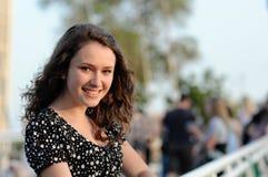 Schönes lächelndes Mädchen Lizenzfreie Stockfotografie