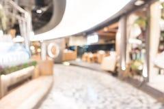 Schönes Luxuseinkaufszentrum der abstrakten Unschärfe und Einzelhandelsgeschäft Lizenzfreies Stockfoto