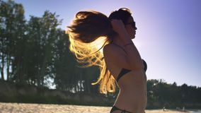 Schönes Mädchen auf dem Strand #6 stock video footage