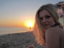 Schönes Mädchen auf dem Strand #6 Lizenzfreies Stockfoto