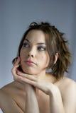 Schönes Mädchen in den Badekurortbehandlungen lizenzfreie stockfotos