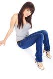 Schönes Mädchen in der Blue Jeans lizenzfreie stockbilder