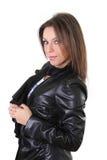 Schönes Mädchen in der Lederjacke stockfotos