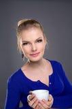 Schönes Mädchen des Portraits lizenzfreie stockfotos