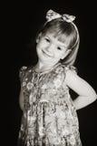 Schönes Mädchen im Blumenkleid Stockbild
