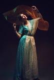 Schönes Mädchen im Sari stockfotografie