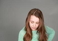 Schönes Mädchen im Studio Stockbilder