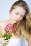 Schönes Mädchen mit Blume Stockbilder