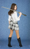 Schönes Mädchen mit der japanischen Klinge stockfotografie