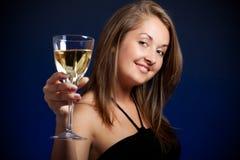 Schönes Mädchen mit Glas Wein Lizenzfreies Stockbild