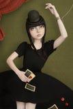 Schönes Mädchen mit Karten Lizenzfreie Stockfotos