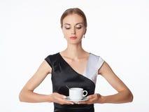 Schönes Mädchen mit Tasse Kaffee Stockbild