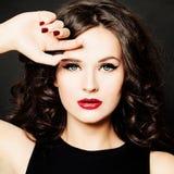 Schönes Mädchen-Mode-Modell Frau mit bilden Stockbild