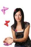 Schönes Mädchen und butterflys lizenzfreie stockfotos