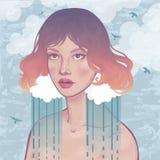 Schönes Mädchen und regnerischer Himmel