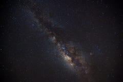 Schönes milkyway auf einem nächtlichen Himmel stockfotografie