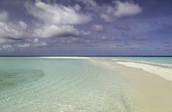 Schönes Panorama des Strandes in Malediven Lizenzfreie Stockfotografie