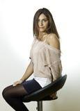 Schönes Portrait der jungen Frau stockfotografie