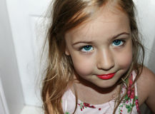 Schönes Portrait des kleinen Mädchens Stockbilder
