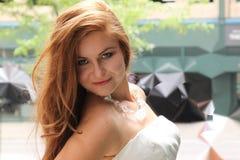 Schönes Redheadlächeln Lizenzfreie Stockfotografie