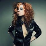 Schönes Redheadmädchen lizenzfreies stockbild