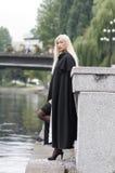 Schönes reizvolles blondes Lizenzfreie Stockfotos