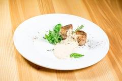 Schönes Restaurantlebensmittel Lizenzfreies Stockbild