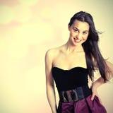 Schönes Retro- stilisiert Foto einer hübschen Frau Lizenzfreies Stockfoto