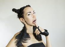 Schönes sexy stilvolles emotionales Frauengesicht lizenzfreie stockfotos