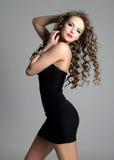 Schönes sinnliches Mädchen mit dem langen Haar Stockfotos