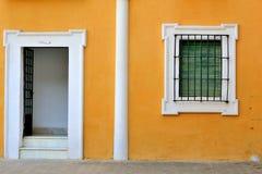 Schönes spanisches Haus stockfotografie