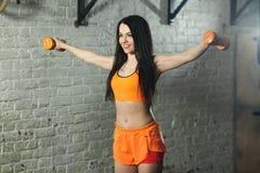 Schönes Sportmädchen Stockfotografie