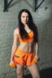 Schönes Sportmädchen stockbilder