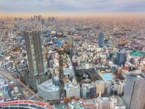 Schönes Stadtbild bei Sonnenuntergang in Tokyo, Japan lizenzfreies stockbild
